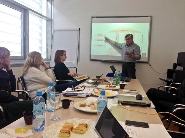 Sastanci radne skupine za izradu standarda zanimanja i standarda kvalifikacija za upravljanje u visokom obrazovanju